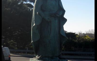 Estatua Maria Adelaide